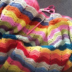 Lemondesucrette crochet ripple blanket