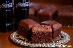 Coca-Cola Chocolate Cake | Det søte liv Norwegian Food, Norwegian Recipes, Cheat Meal, Let Them Eat Cake, Chocolate Cake, Coca Cola, Cake Recipes, Sweet Tooth, Food And Drink