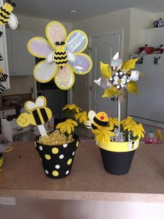 Bee day centerpiece, 1st birthday bumble bee theme