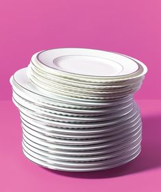 Prevent good china from chipping by layering paper plates between each piece of your formal/casual dinnerware. Perfect for moving!