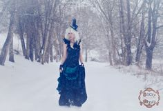 Joey Gill Photography (@joeygillphoto) on Instagram: This is the same exact spot as my last photo (but a couple years ago). It's a lovely photo spot, and I have a feather on my head to imitate the emu. Who wore it better? 😂   #snow #winter #winterwonderland #frozen #steampunk #steampunkfashion #bustle #bustier #cold #tophat #nikon    #oregon #pnw #willamettevalley