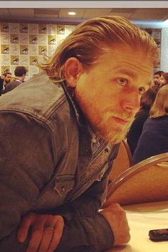 SDCC 2013 Sons of Anarchy Charlie Hunnam