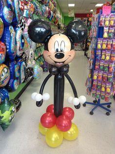 areglo con globos mickey