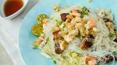 This Filipino pancit puti is extremely flavorful with the addition of smoky inihaw and crunchy chicharon!