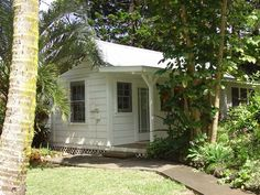 short walk to Historic Hawi town