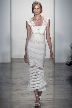 Jonathan Simkhai Spring 2016 Ready-to-Wear Fashion Show - Kristina Petrosiute