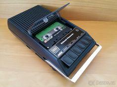 Cassette recorder National Panasonic RQ-305SD. - Praha 1 - Bazoš.cz Cassette Recorder, Decks, Electronics, Front Porches, Deck, Consumer Electronics, Terraces, Balcony
