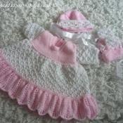 Double Trellis Dress Knitting Pattern  - via @Craftsy