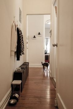 狭くてもおしゃれに見せるちょっとのコツ。賃貸マンションの「玄関」インテリア