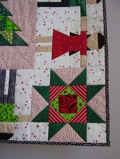 Oh Christmas Tree wall quilt by tinacurran on Etsy - Close-up of detail.