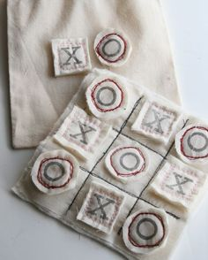 Great Tutorial for Tic Tac Toe Game, could make as a quiet book page too, or just a darling valentines gift (XOXO).