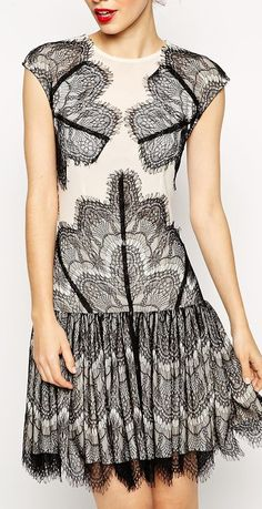 lace frill dress