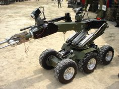 Rc Robot, Robot Arm, Mobile Robot, Real Robots, Robot Design, Cool Inventions, Medan, Robotics, Law Enforcement