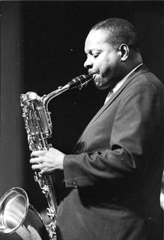Harry Carney - bariton saxophone