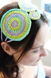 crochet headband made up of circles.