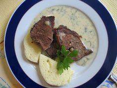 NAŠE KUCHYNĚ: Koprová omáčka s hovězím masem Slovak Recipes, Czech Recipes, Pavlova, Stew, Great Recipes, Recipies, Meat, Cooking, Czech Food