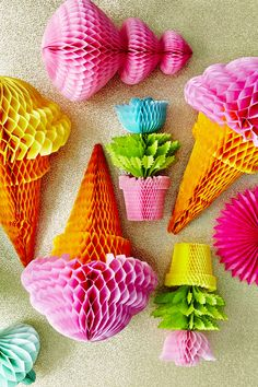 Ice Cream Cone Honeycomb Hanger in Assorted Colours - RICE - Retro Kitsch Kawaii Fun Gifts For Kids Crafts For Teens, Crafts To Sell, Diy And Crafts, Paper Crafts, Origami, Honeycomb Paper, Diy Papier, Craft Wedding, Craft Videos