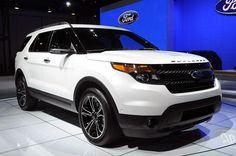 Амбициозный Ford Explorer Sport 2013–года