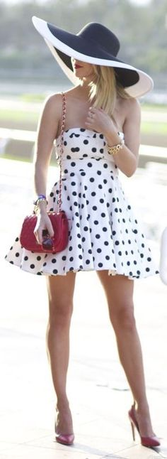 Love the hat! Varga Black And White Gorgeous Skater Strapless Polka Dot Dress -- 50 Stylish Summer Outfits - Style Estate - Girly Outfits, Summer Outfits, Cute Outfits, Summer Dresses, Night Outfits, Look Retro, Look Vintage, Vintage Boots, Looks Style