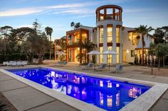 Former Apple Exec Lists Smart Home for $35M