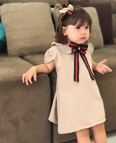 """b00e1b1866191 Marina ativando o modo séria e Linda .   Nossa princesinha ficou toda  bonequinha com seu vestidinho modelo gucci inspired da…"""""""
