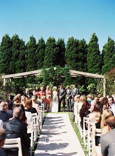 Photography: Stewart Leishman Photography - stewartleishman.com  Read More: http://www.stylemepretty.com/australia-weddings/victoria-au/2014/01/28/morning-star-estate-wedding/