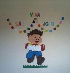 Cascão de E.v.a. Altura: 50 cm Com seu material 10.00 R$ cada. Com meu material 15.00 R$ cada.   ( com forro acréscimo de 2.00 R$ )