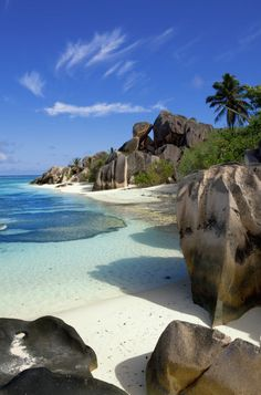 Anse Strand Geldquelle Seychellen - Vacation To World Places To Travel, Places To See, Travel Destinations, Most Beautiful Beaches, Beautiful Places, Beautiful Islands, Beaches In The World, White Sand Beach, Beach Photos