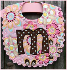 Absolutely adorable.... Wish I'd made bibs like this for my babies...