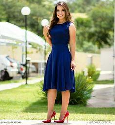 """8,583 curtidas, 364 comentários - P A O L A   S A N T A N A (@paaolasantanaa) no Instagram: """"{Vestido Marinho Chiquerrimo da @adora_oficial} Amo usar azul marinho com vermelho ❤ Gostaram?…"""""""
