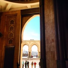 Peering into a mosque in Casablanca, living a #Travelife. www.travelifemagazine.com