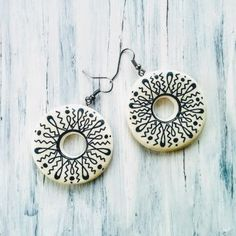 Cercei « Categorii de Produse « Mărgelușa Clay Earrings, Crochet Earrings, Washer Necklace, Hand Painted, Handmade, Jewelry, Hand Made, Jewlery, Bijoux