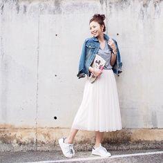 . チュールスカートとスニーカーでお買い物へ。 爆買いする気マンマンでIKEAへ行ったものの、買ったのは790円の座布団のみでした… . #FashionLetter#GU#accommode #fashion#coordinate#outfit#ootd#JAPAN
