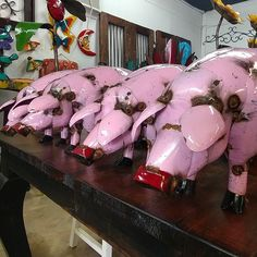 Metal Oinks Oinks Pigs perfect for your back yard space Mexican Garden, Pigs, Backyard, Space, Metal, Design, Home Decor, Old Town, Floor Space