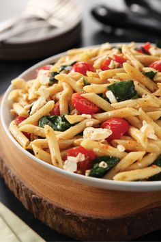 20-Minute One-Pot Pasta Primavera – You're sure to enjoy these numbers on a busy weeknight: 20 minutes and 1 pot are all it takes to get this tasty pasta primavera on the dinner table.