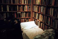 ---: Tumbleweed Hotel, Shakespeare and Company
