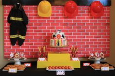 {REAL PARTY} Fireman Baby Shower on http://frogprincepaperie.com