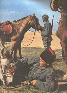 Cossack serving with the Germans color photos of World War II worldwartwo.filminspector.com