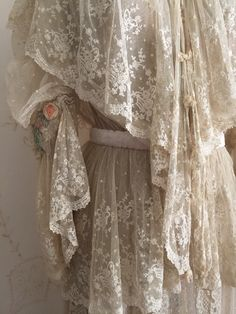 Antique Chantilly Lace Wedding Gown / 2 pc by WhynaughtShop