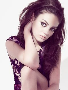 Mila Kunis one of my top girl crushes. Mila Kunis, Pretty People, Beautiful People, Beautiful Women, Celebs, Celebrities, Girl Crushes, Woman Crush, Hair And Beauty