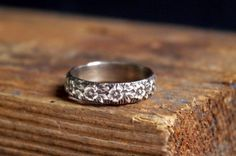 Antique Flower Sterling Silver Band Ring Romantic by Nafsika