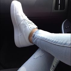Nike Air Force 1 Women's Super chic tennis shoes that look great with shorts, skater skirts or skinny jeans. Worn once before I realized that they were a bit too big on me. No scuffs, no marks, perfect condition! Nike Shoes Athletic Shoes