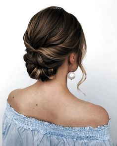 trendiest updos for medium length hair 13 ~ thereds.me trendiest updos for medium length hair 13 ~ thereds.me,Messy wedding hair trendiest updos for medium length hair 13 ~ thereds.me Updos For Medium Length Hair, Medium Hair Styles, Curly Hair Styles, Medium Hair Updo, Bridesmaid Hair Medium Length, Updos For Thin Hair, Prom Hair Medium, Bridesmaid Hair Updo, Bridal Hair Updo