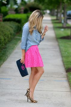 Cute and casual summer style.