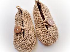 Ravelry: 2 Adult Sweet Crochet Slippers Patterns pattern by Maria Manuel