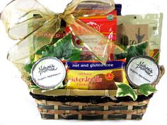 Gluten free gift basket gluten free christmas baskets gluten free gift basket gluten free christmas baskets pinterest gluten free gifts and gluten free negle Image collections