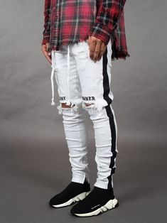 Ericdress Pencil Pants Letter Hole Mid Waist Mens Casual Jeans Online store for the latest fashion & trends in women's collection. Shop affordable ladies' Dresses, Clothing, Shoes & Accessories with top quality. Mens Casual Jeans, Casual T Shirts, Casual Pants, Men Casual, Casual Menswear, Lässigen Jeans, Destroyed Jeans, Ripped Skinny Jeans, Stylish Men