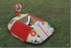 How to make a cardboard Giggle-mobile (car/plane/hovercraft!) tutorial. Inspired by the ABC4Kids show Giggle & Hoot. Toddlers love playing with this!