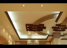 ceiling design for living room with ceiling fan stylish ceiling for a luxury roo… - Ceiling Fan Simple Ceiling Design, Gypsum Ceiling Design, Interior Ceiling Design, House Ceiling Design, Ceiling Design Living Room, Bedroom False Ceiling Design, Home Ceiling, Modern Ceiling, Living Room Lighting