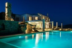 Villa Elia - Infinity Pool - Houses for Rent in Elia Beach, Greece Pool Shapes, Cool Pools, Pool Houses, Mykonos, Rental Apartments, Renting A House, Just Go, Perfect Place